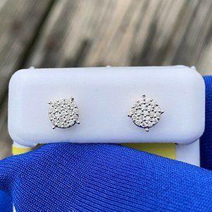 14k white gold dainty stud diamond earrings
